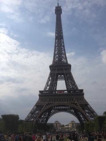 Annys Adventures - Paris, France